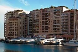 101019_003125_24_Monaco.jpg