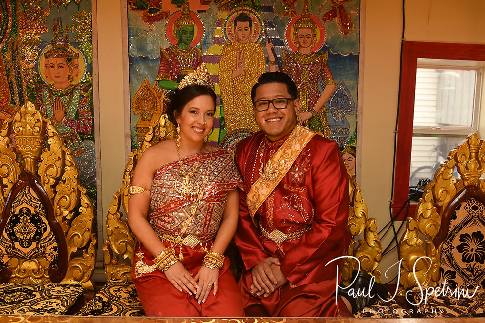 Dhamagosnaram Buddhist Temple engagement photos