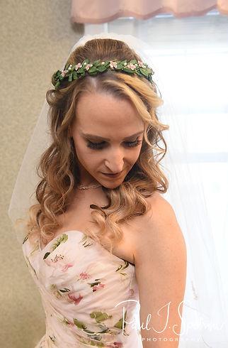 Valley Country Club wedding bridal portr