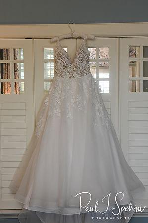 Ocean House Westerly Wedding Photography, Bridal Prep Photos