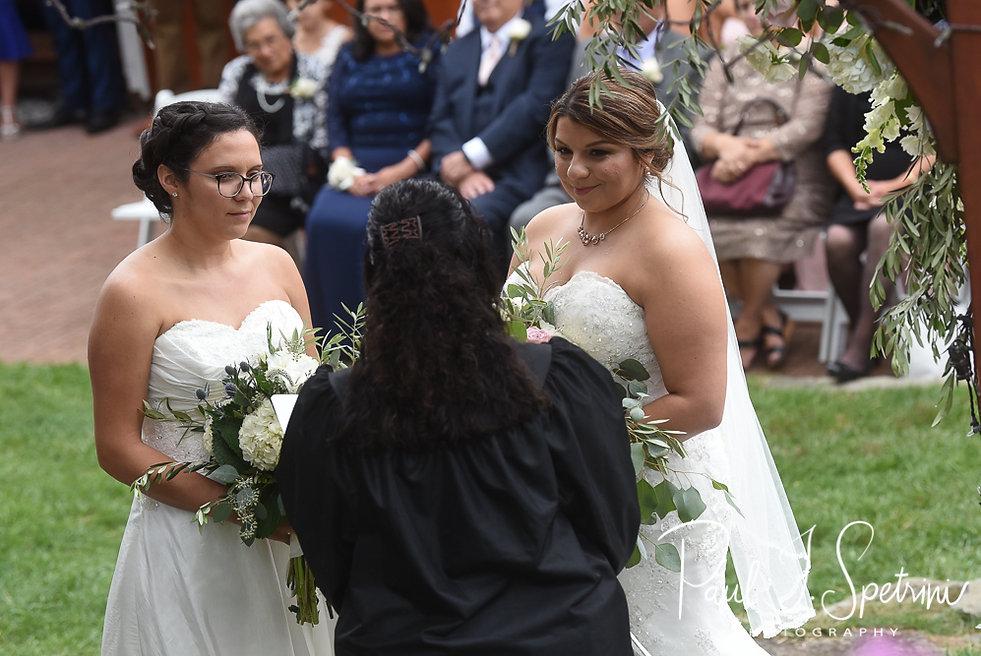 Chamberlain Farm Wedding Photography, Wedding Ceremony Photos