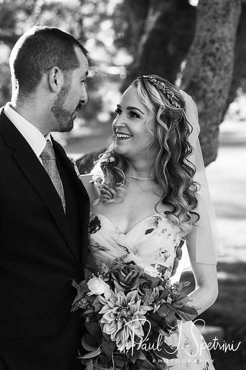 Valley Country Club bride and groom port
