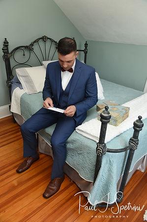 Rhode Island wedding photos- groom prep