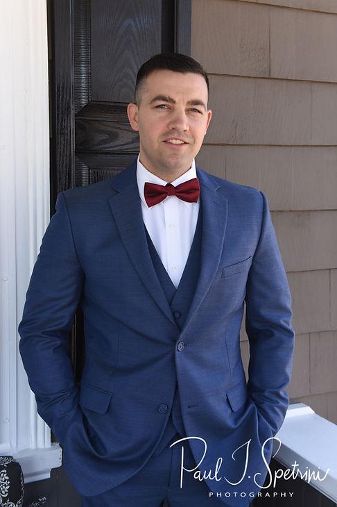 Rhode Island wedding photos- groom portr