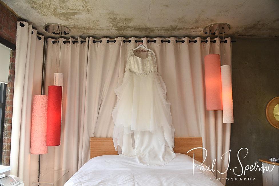 Nylo Hotel Warwick Wedding Photography, Bridal Prep Photos