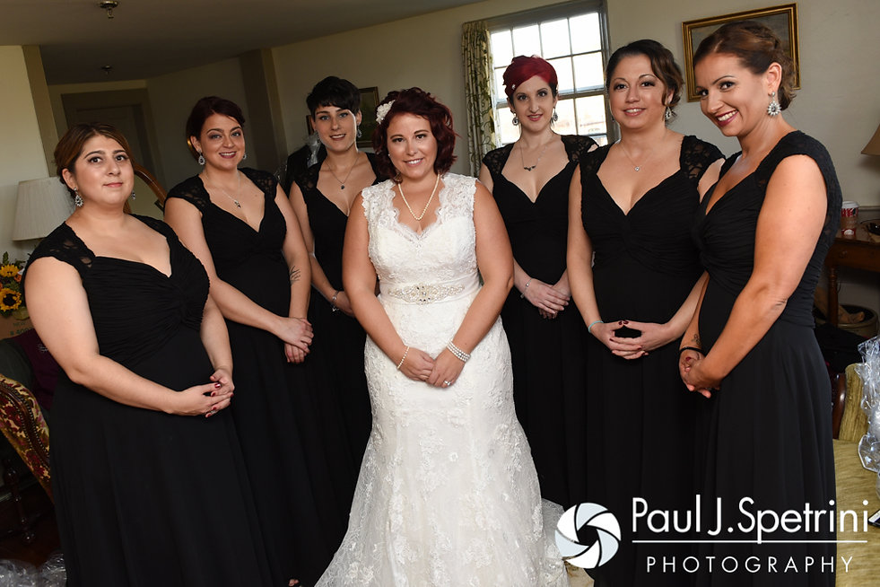 Crystal and her bridesmaids pose for a photo prior to her November 2016 wedding ceremony at the Salem Cross Inn in West Brookfield, Massachusetts.