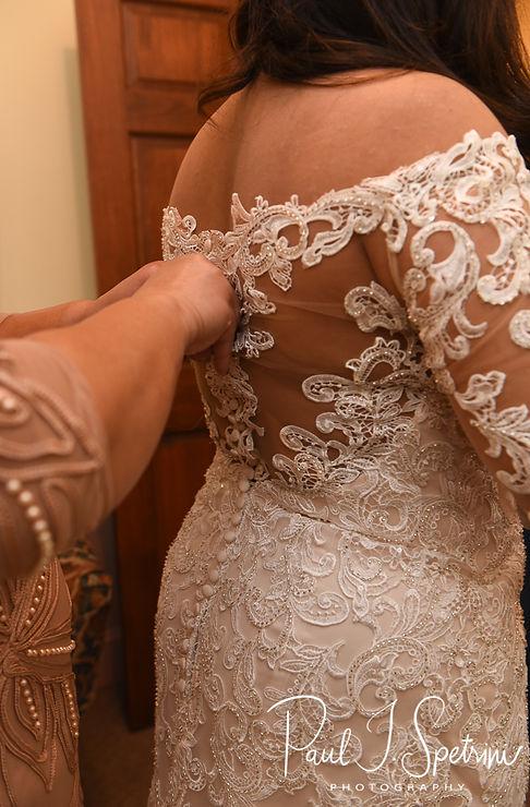 Crystal Lake Golf Club Wedding Photography, Bridal Prep Photos