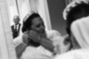 Nylo Hotel bridal prep wedding photos