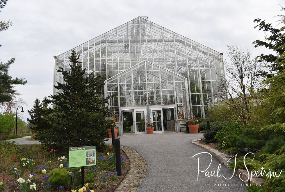 A look at the Roger Williams Park Botanical Center prior to Ali & Gary's May 2018 wedding ceremony.