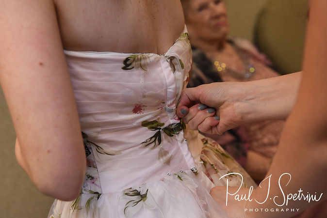 Valley Country Club wedding bridal prep