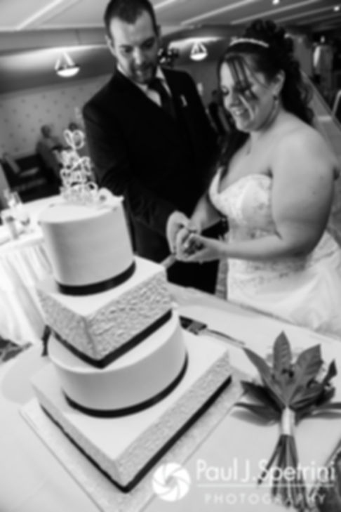 Clarissa and Jeff cut their wedding cake during their June 2017 wedding reception at Twelve Acres in Smithfield, Rhode Island.