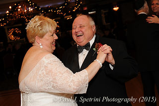 Quidnessett Country Club Wedding Photography from Cathy & Ron's 2015 wedding.