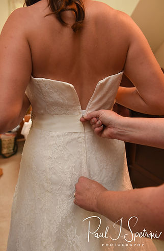 Karolyn is zipped up prior to her August 2018 wedding ceremony at a private residence in Sterling, Connecticut.