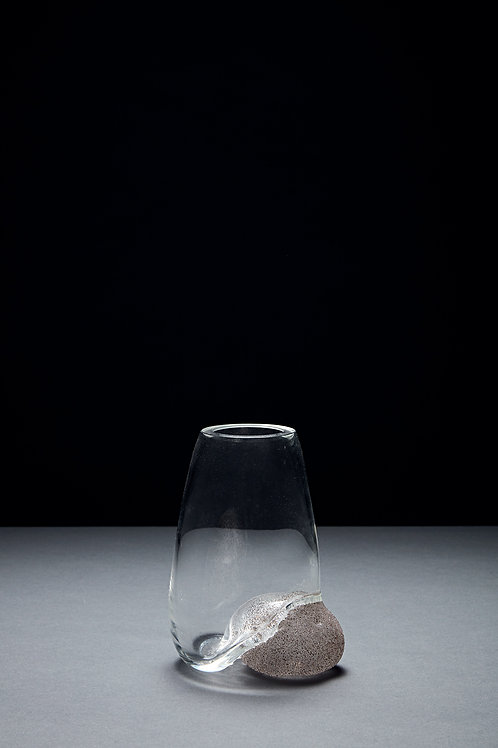 Vase with a glass pebble covered in Cornwall Sand