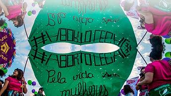 Foto-Reprodu+º+úo---Artigo-Carla-Batista