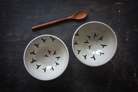 Set/2 Soup Bowls, Birds in Flight, Antique White