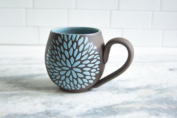 14oz Chrysanthemum Mug, Light Blue