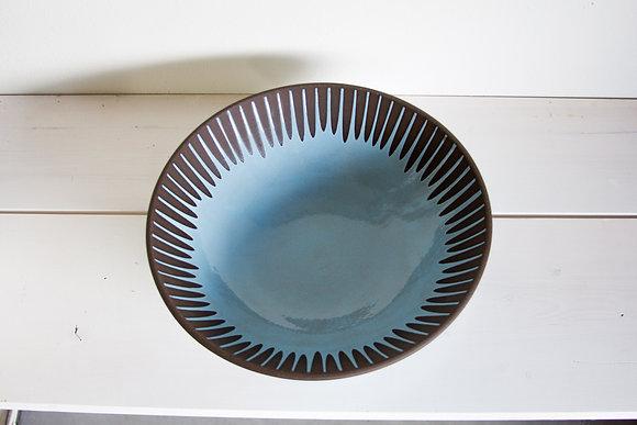 Med Light Blue Serving Bowl, Daisy Pattern