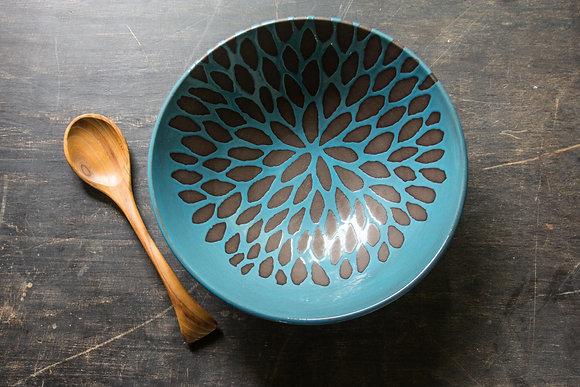 Chrysanthemum Serving Bowl, Teal/Turquoise Blue