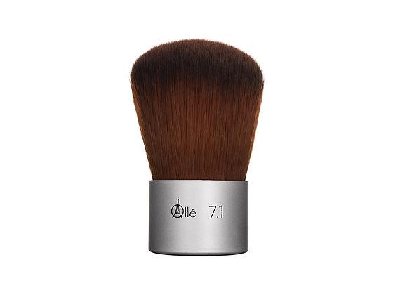 7.1 Kabuki Powder Brush