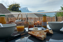 Petit déjeuner gîte Savoie