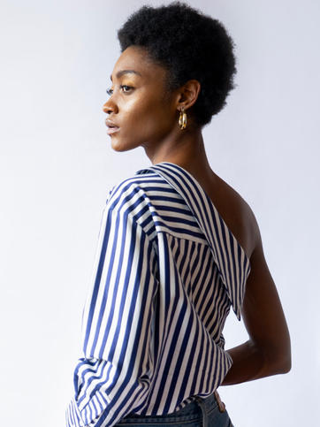 ONE-SHOULDER STRIPED SHIRT