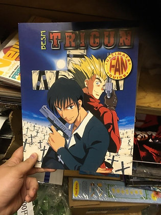 Trigun: Ultimate Fan Guide Number 2 Paperback – September 1, 2002 by Michelle Ly