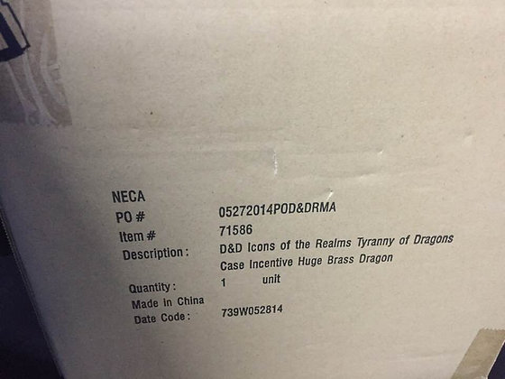 D&D Icons of the Realms Tyranny of Dragons Huge Brass Dragon Case Incentive