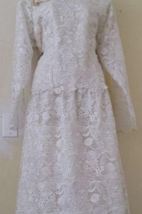 Wt lace dress