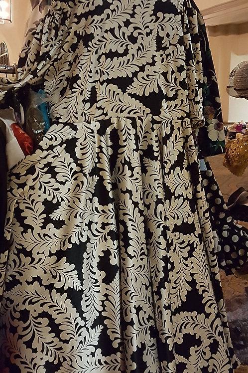 Wt/Blk dress