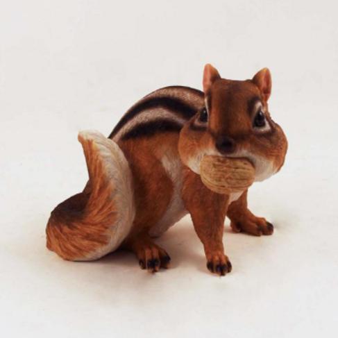Polyresin Chipmunk Sitting with Nut