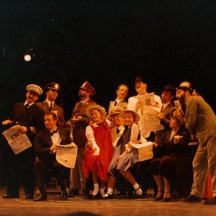 EVITA_European_tour_1992__—_with_Erin_St