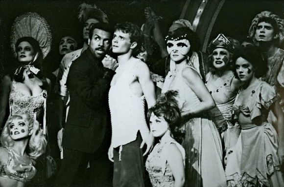 Pippin_Lyric_Theatre_of_OK_1986_—_with_L