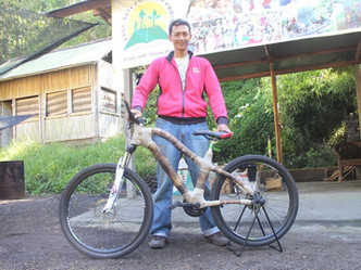 MEET DENI NUGRAHA, OUR CHIEF BAMBOO BIKE BUILDER - & TRY OUR BIKES!