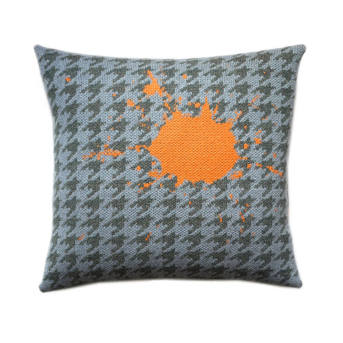 HOUNDSTOOTH SPLAT CUSHION
