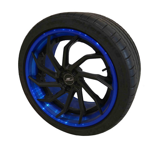 B-forged B393 bespoke wheel in Blue/Black (S550)