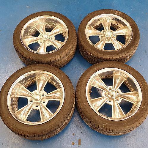 Chrome 5-spoke Wheels (corroded)