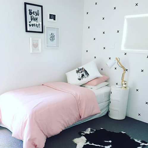 CROSSES or KISSES | WALL DECALS