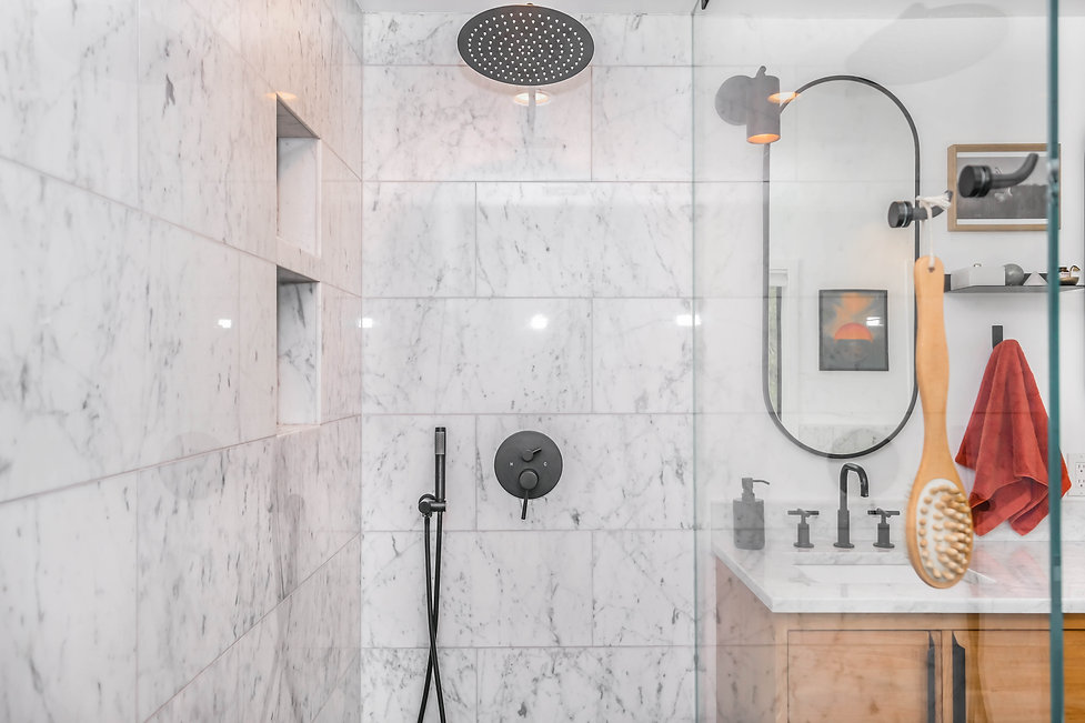 Shower Reseal Platinum Seal.jpg