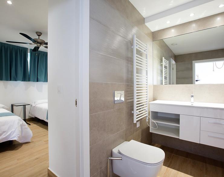 Atico 8- Baño dormitorio.jpg