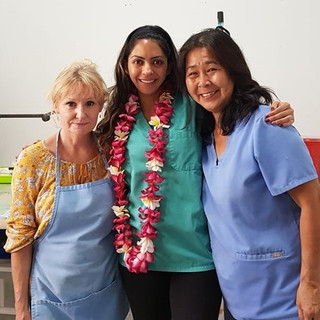Dr. Heidi with Yumi and Beth (December 2020)