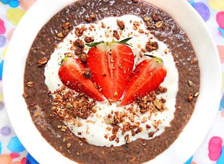 Kakaový chia puding s ovocem