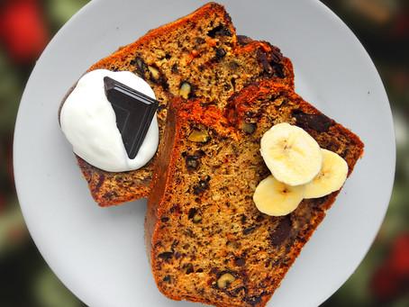 Banánový chlebík s ořechy a čokoládou
