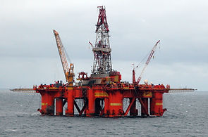 Oil_platform_.jpg