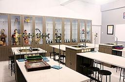 3_Laboratorium-Sains.jpg