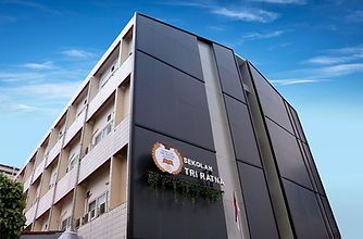 01 Fasad Gedung S.jpg