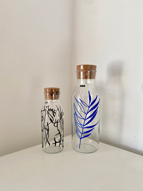 NAKED Glass bottle with lid