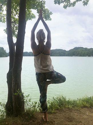 Be You Yoga Düdingen | Murten, Vrikshasana
