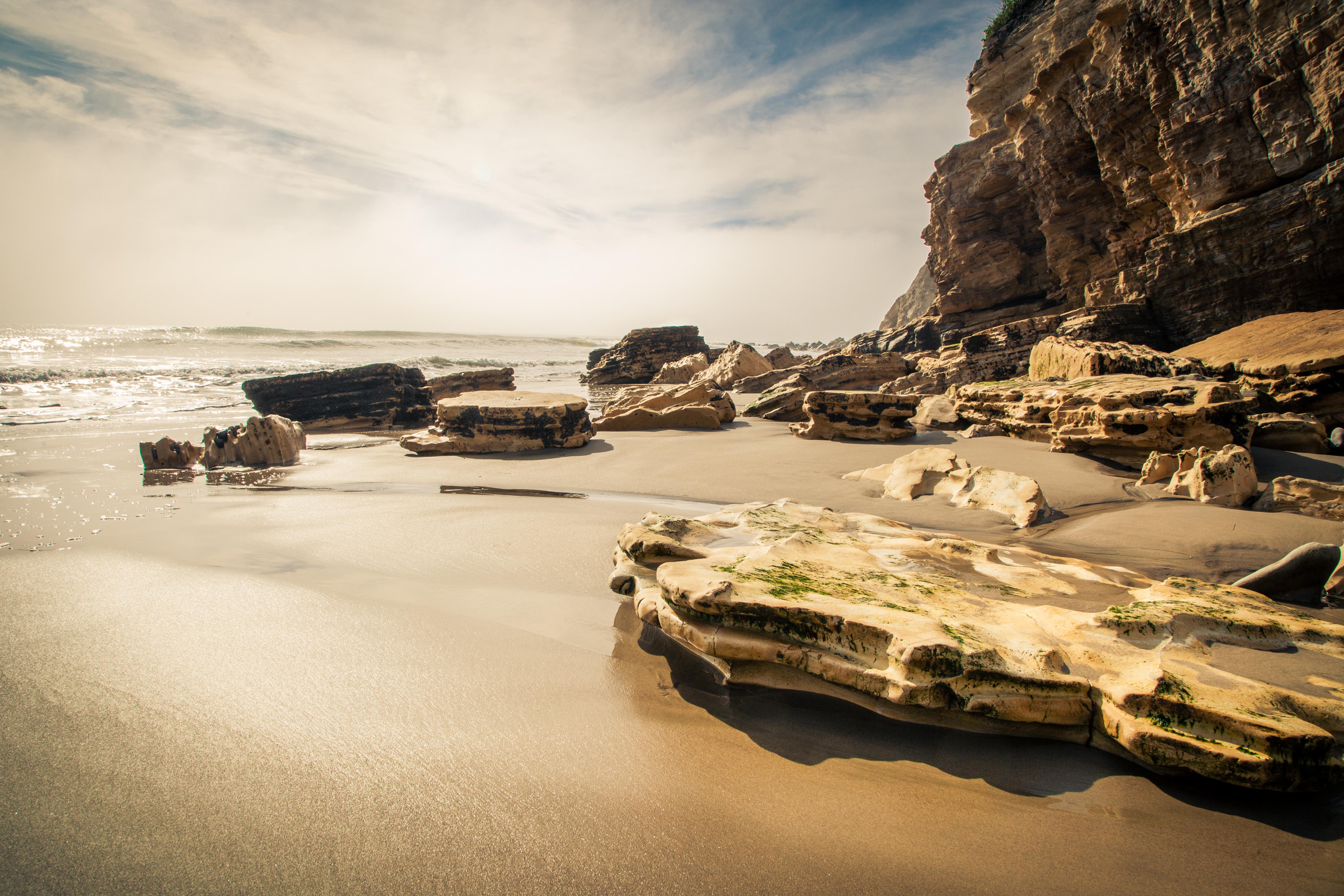 Refugio rocks