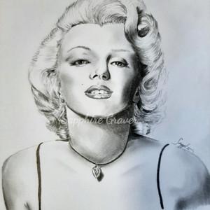 Marilyn Monroe_edited.jpg